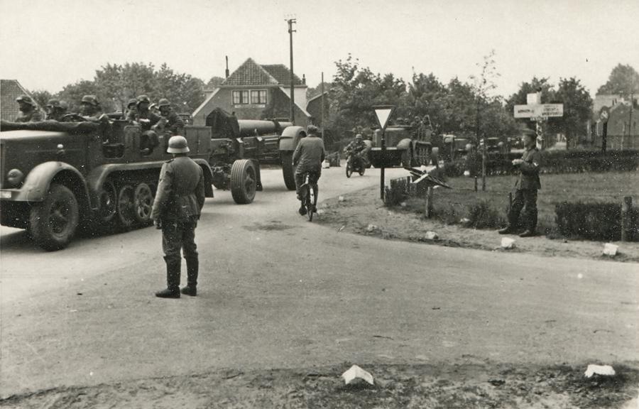 Duitse artillerie in 1940 bij Ede en Wageningen...